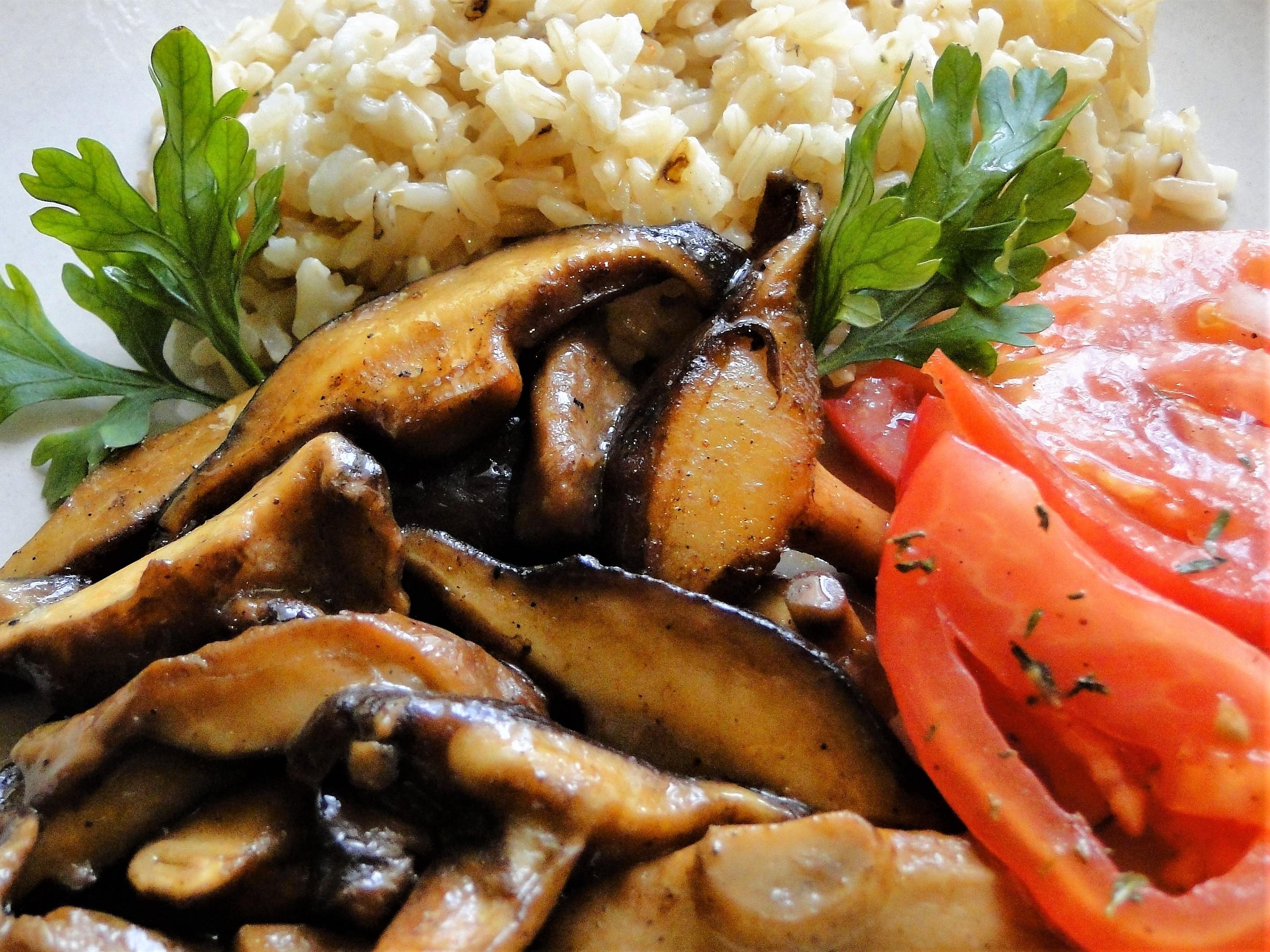 Shitake z brązowym ryżem